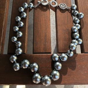 Jewelry - Anne Klein Grey Pearl Necklace